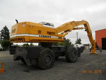 LIEBHERR A942 Featured Listing