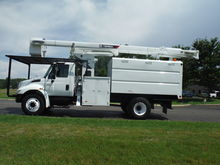 2004 INTERNATIONAL 4300 DT466 F