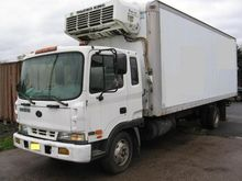 2000 BERING MD23 24' Box Truck