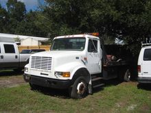 1999 INTERNATIONAL 4700 4x2