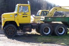Used 1985 FORD 9000