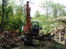 Used 2001 HITACHI ZX