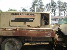 2000 INGERSOLL RAND None XP750W