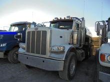 2011 PETERBILT 388