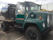 1970 FORD F800