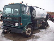 Used 1991 MACK MIDLI