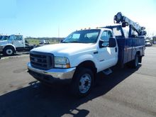 2004 FORD F550 SD