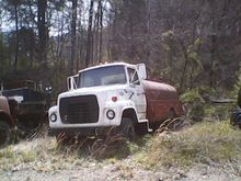 1984 FORD F700