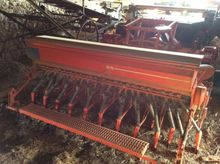 2002 Kuhn BS Conventional-Till