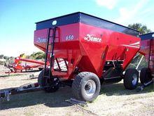 Used 2015 DEMCO 650