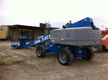 2014 Genie S-60X Work platforms