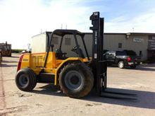 Used 2014 Load Lifte
