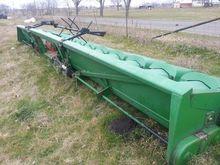 Clark 12RW30 Row crop headers