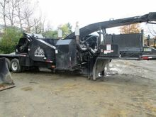 2010 WOODSMAN 460 Chipper