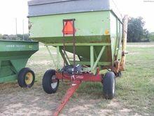 PARKER 2600 Grain carts
