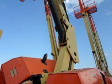 2011 JLG 860SJ Articulated boom