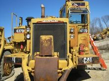 Used CATERPILLAR 637