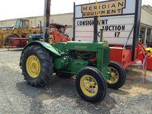 JOHN DEERE AR Tractors