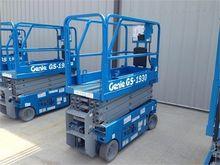 Used 2013 GENIE GS19