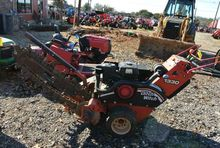 2007 Ditch Witch 1330 Trenchers