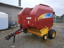 2009 NEW HOLLAND BR7060 Balers