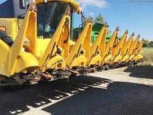 New Holland 980CR-8R Row crop h
