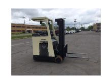 2006 CROWN RC3020-30 Forklifts