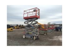 2005 SKYJACK 3226 Scissor lifts