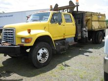 1997 FORD F800 Mixers