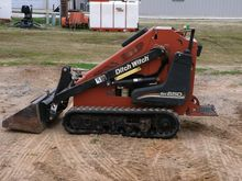 Ditch Witch SK650 Mini skid ste