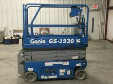 2014 GENIE GS1930 Scissor lifts
