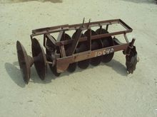 FERGUSON Disc plow Plows
