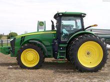 2015 JOHN DEERE 8245R Tractors
