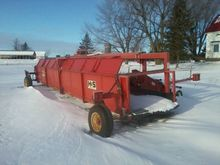 Used 2005 Holland 27
