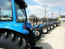 2016 LS TRACTOR XG3025 Tractors