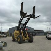 2000 RL200 EQUIPMENT FORKLIFTS