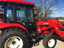 2017 BRANSON 5220C Tractors