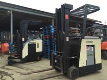 2000 Crown RC3020-30 Forklifts