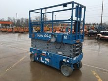 2011 GENIE GS2632 Scissor lifts