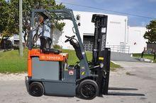 2007 TOYOTA 7FBCU25 Forklifts