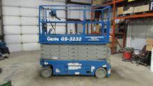2007 GENIE GS3232 Scissor lifts