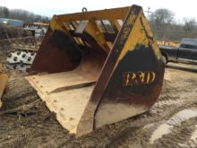 B and D Attachment Bucket