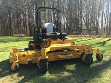 2015 HUSTLER Super 104 Mower -