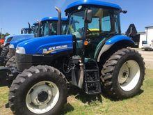 NEW HOLLAND TS6.110 Tractors