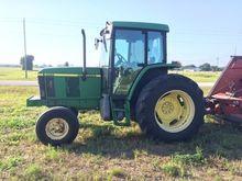 2000 JOHN BLUE 6405 Tractors