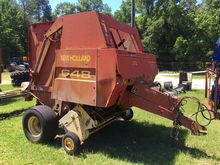 NEW HOLLAND 648 Balers
