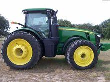 2014 JOHN DEERE 8320R Tractors