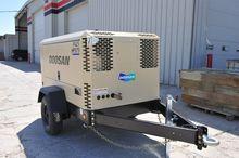 2015 DOOSAN P425/HP375WCU-T4I A
