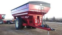 2013 Brenner 1282 Grain carts