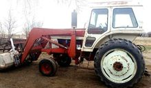 1972 International 966 Tractors